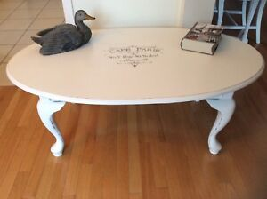 BOMBAY living room table refurbished. Firm price.