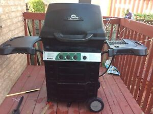 KENMORE  OUTDOOR GAS  BARBEQUE GRILL