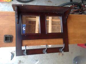 Coat rack with mirrors