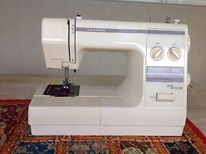 Sewing Machine Eagleby Logan Area Preview