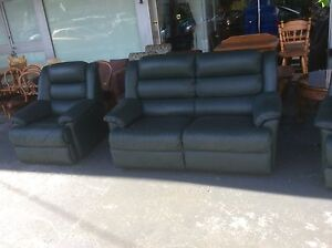 UNCLE SAMS SECONDHAND BUYING AND SELLING GOOD QUALITY FURNITURE Derwent Park Glenorchy Area Preview