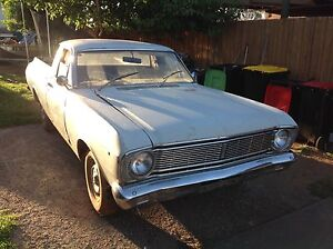 Ford falcon XT ute. Brookfield Melton Area Preview