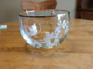 Beautiful Crystal Gold Trimmed Bowl
