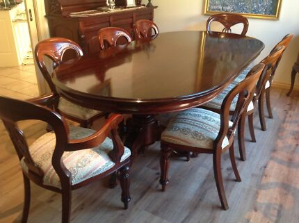 Beautiful Solid Wood Table and Matching Chairs