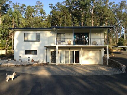 SUNSHINE COAST HINTERLAND  - WITH 2 HOUSES + AN INCOME