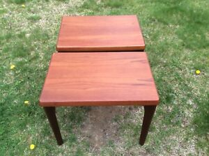 BEAUTIFUL PAIR OF MID CENTURY MODERN END TABLES