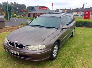 1998 Holden Berlina VT Luxury Commodore Wagon many extras Woodbine Campbelltown Area Preview