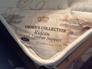 Crown Collection Rideau Double size matress and spring box. MINT