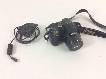 Camera - Nikon Coolpix P500 - DSLR