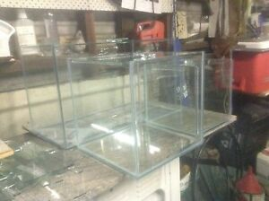 New cube and divided aquariums with lids Lurnea Liverpool Area Preview