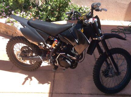 250cc Dominator MX bike