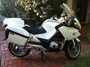 BMW R 1200 RT SE YEAR 2011' WHITE  KM 38000 ORIGINAL PERFECT BIKE Docklands Melbourne City Preview