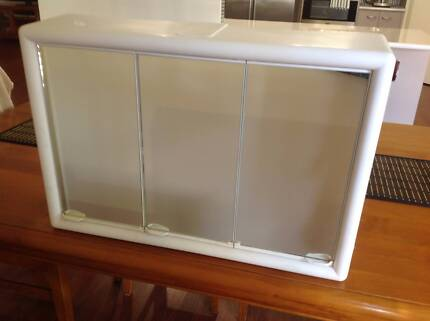 Creative  CLEARANCE  White Mirrored Bathroom Cabinet  United Kingdom  Gumtree