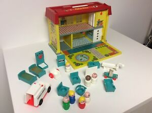 Fisher Price vintage Little People Play Family Hospital