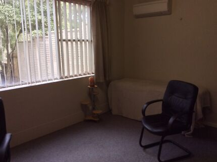 Treatment/Consulting Room To Rent