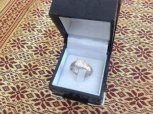 Platinum diamond ring Hillarys Joondalup Area Preview