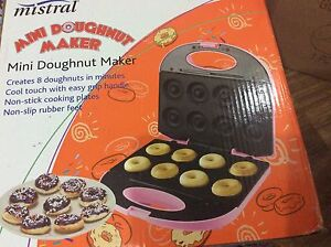 mistral mini doughnut maker used once Clarinda Kingston Area Preview