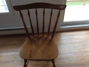 4 chaises en érable