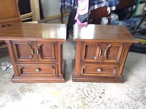 PAIR OF LARGE MID CENTURY NIGHT STAND TABLES BY DREXEL