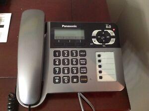 Téléphone résidentiel avec répondeur et station s/fil