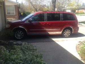 2009 Chrysler Town and country touring addition for sale