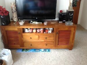 Wooden tv/ entertainment unit - $50 - Randwick Coogee Eastern Suburbs Preview