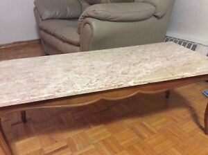 Marble coffee table, very strong, great condition