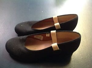 Bloch Character shoes size 1g and 5.5