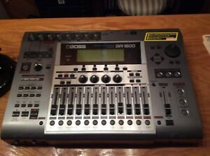 Boss BR-1600 digital recording studio