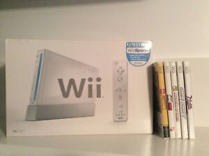 Nintendo Wii System with 5 Games