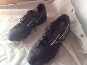 BASEBALL MIZUNO SHOES