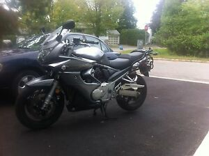 Bandit 1250 - abs, fi, heated grips, 3 hard bags, all stock