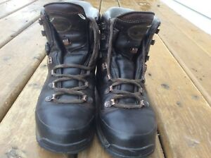 MEINDL  Ladies Leather Hiking Boots