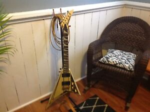 SELL or TRADE Jackson Randy Rhodes Guitar RRT-5 Vee excellent