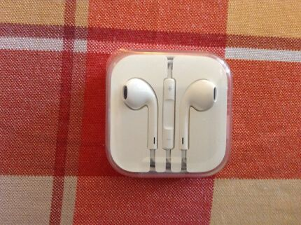 Apple ear phones in new condition.