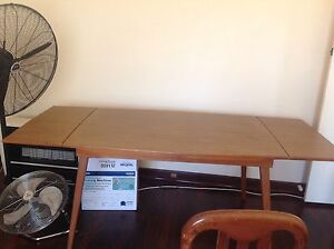 Dinning table n 6 chairs Stirling Stirling Area Preview