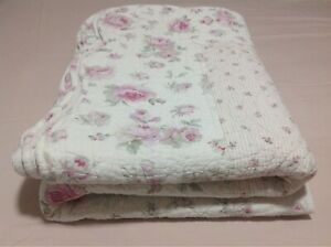 King size floral coverlet