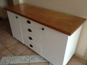 Buffet/sideboard/tv unit Kooralbyn Ipswich South Preview