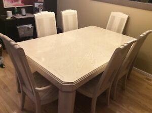 36dafab4130 Solid white Oak Dining Table