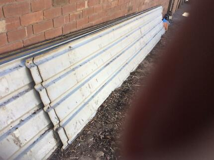 Secondhand colourbond roofing six sheets all 5mtr in length