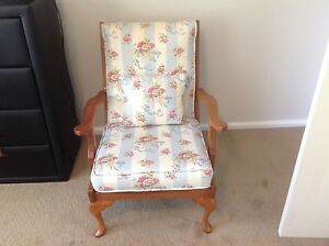 Upholstered armchair Wantirna South Knox Area Preview