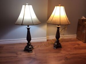 GUC Table Lamps