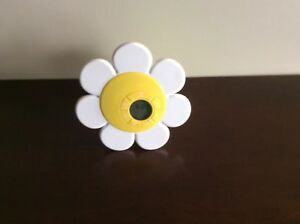 Discovery Kids Flower Alarm Clock - Time Displays On Ceiling