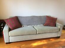 Comfy couches! Albert Park Port Phillip Preview