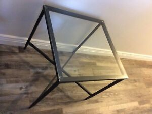 End Tables - Glass/Metal