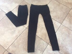 2 SEDUCTION WORKOUT LEGGINGS SIZE M/L