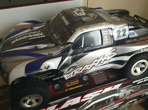Traxxas slash for sale