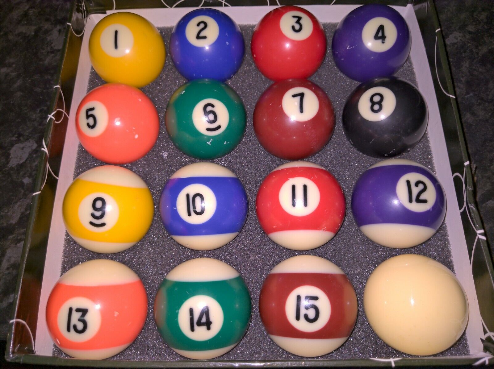 16 2 Sports and Stripes Pool Ball Set