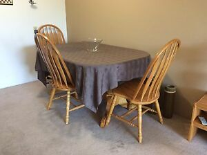 Solid Oak Butterfly Leaf Style Dining Room set