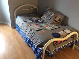 Couvre lit format double pour enfant
